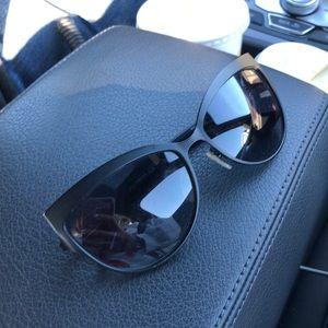 Cat eye Alexander McQueen Sunglasses